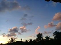 Красивый заход солнца и тени стоковые изображения rf