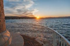 Красивый заход солнца моря, смотровая площадка, залив St Tropez Fran стоковое фото