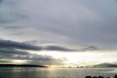 Красивый заход солнца на английском заливе Ванкувере стоковое изображение rf