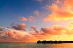 Красивый заход солнца в Мальдивах Стоковые Фотографии RF