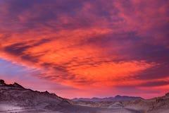 Красивый заход солнца в долине луны, пустыня Atacama, Чили Стоковая Фотография