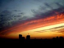 Красивый заход солнца города стоковое фото rf