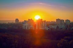 Красивый заход солнца городка Стоковые Фотографии RF