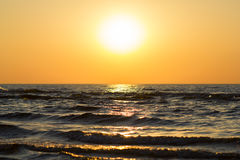 Красивый заход солнца над Балтийским морем Стоковое фото RF