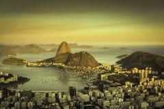 Красивый заход солнца над заливом Рио-де-Жанейро Botafogo Стоковая Фотография