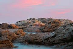 Красивый заход солнца на побережье Косты Brava Стоковое фото RF