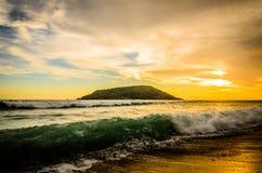 Красивый заход солнца на пляже Масатлана, Мексике Стоковые Фотографии RF
