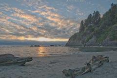 Красивый заход солнца на пляже Moonstone, северном CA Стоковое фото RF