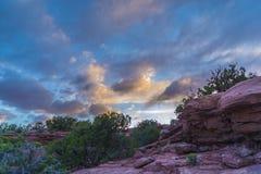 Красивый заход солнца около пункта Canyonlands Юты Marlboro стоковая фотография rf