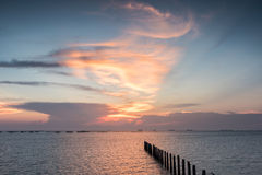 Красивый заход солнца seascape ландшафта стоковая фотография