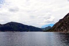 Красивый залив Kotor ландшафта, Boka Kotorska, Черногория, Европа Стоковое фото RF