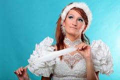 Красивый имбирь в платье ферзя снежка Стоковое Фото