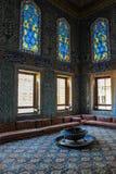 Красивый интерьер с оформлением плиток мозаики стоковое фото rf