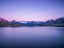 Красивый исландский ландшафт на зоре Стоковые Фото