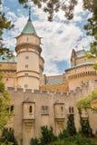 Красивый и известный замок Bojnice в Словакии Стоковое Изображение RF