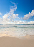 Красивый карибский пляж, Cancun, Мексика Стоковое фото RF