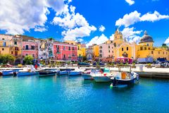 Красивый красочный остров Procida Кампания, Италия Стоковые Изображения RF