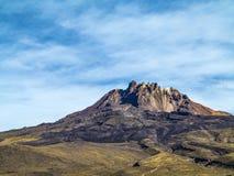 Красивый кратер вулкана Tunupa в Боливии стоковая фотография