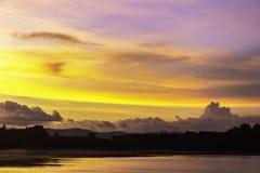 Красивый ландшафт захода солнца стоковые фотографии rf