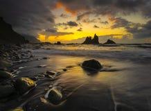 Красивый ландшафт моря, заход солнца над атлантическим пляжем стоковое изображение rf