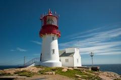 Красивый маяк против моря Стоковое Фото