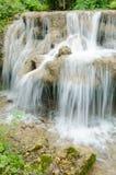 Красивый малый водопад в Таиланде Стоковое фото RF