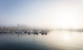 Красивый морской порт с яхтами и шлюпками Стоковое фото RF