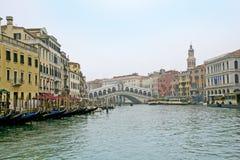 Красивый мост Rialto Стоковое Изображение