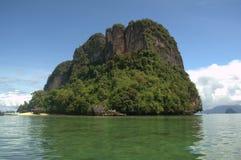 Красивый небольшой остров в Krabi стоковые изображения