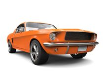 Красивый оранжевый винтажный американский автомобиль мышцы Стоковые Фотографии RF