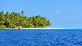 Красивый остров Мальдивов тропический Стоковая Фотография