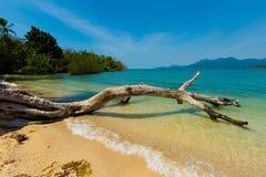 Красивый остров Suwan Koh Стоковые Фотографии RF