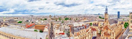 Красивый панорамный взгляд Парижа от крыши пантеона Стоковые Изображения RF
