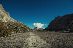 Красивый пейзаж ландшафта italien доломиты, lagazuoi rifugio, dÂ'ampezzo cortina, falzarego passo Стоковые Изображения RF