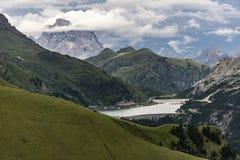 Красивый пейзаж лета доломитов и Lago di Fedaia Оно Стоковая Фотография RF