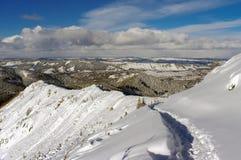 Красивый пейзаж снежных гор Стоковое Изображение