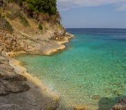 Красивый пляж на праздник в Албании Ionian море стоковая фотография