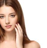 Красивый портрет стороны женщины с чистым свежим концом кожи вверх Девушка кожи Face Стоковое фото RF