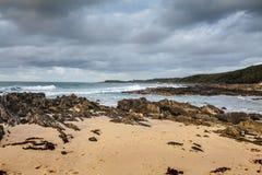 Красивый пляж в накидке Conran, Австралии стоковое изображение rf