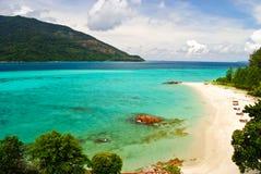 Красивый пляж на острове Lipe Koh в Satun, Таиланде Стоковое Фото