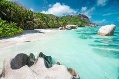 Красивый пляж Сейшельских островов Стоковые Фотографии RF