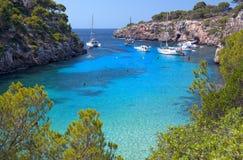 Красивый пляж Cala Pi в Мальорке, Испании Стоковое Изображение RF