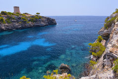 Красивый пляж Cala Pi в Мальорке, Испании Стоковое Фото