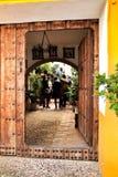Красивый сад в доме в Cordoba стоковые изображения