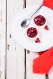 Красивый светлый ванильный десерт Стоковая Фотография RF