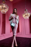 Красивый сексуальный милый mod моды бизнес-леди светлых волос стороны Стоковые Фото