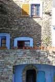Красивый сельский фасад дома Стоковая Фотография RF