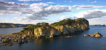 Красивый скалистый остров Стоковое Изображение