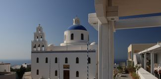 Красивый собор в Santorini Стоковая Фотография