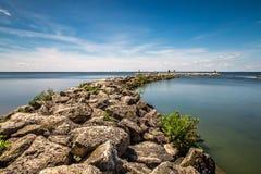 Красивый солнечный день на озере Стоковое Фото